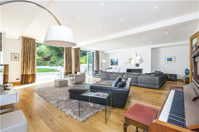 Asking Price £3,500,000, 5 Bedroom Detached House For Sale in London, SE10