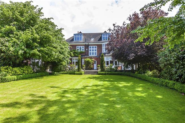 Asking Price £3,200,000, 6 Bedroom Detached House For Sale in London, SE10