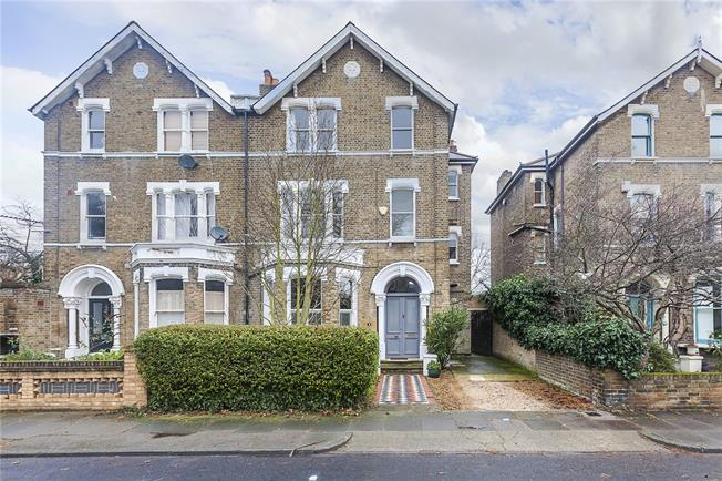 Asking Price £1,650,000, 7 Bedroom Semi Detached House For Sale in London, SE4