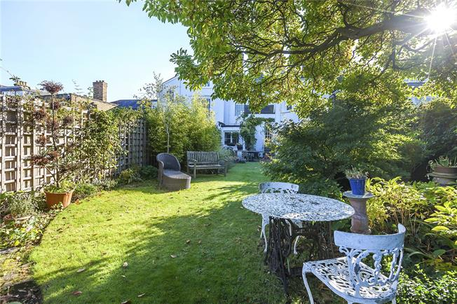 Asking Price £2,350,000, 6 Bedroom Terraced House For Sale in London, SE10