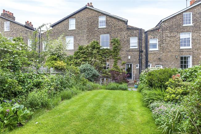 Asking Price £1,595,000, 4 Bedroom House For Sale in London, SE13