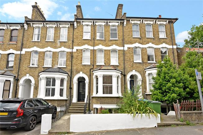 Asking Price £450,000, 1 Bedroom Flat For Sale in London, SE3