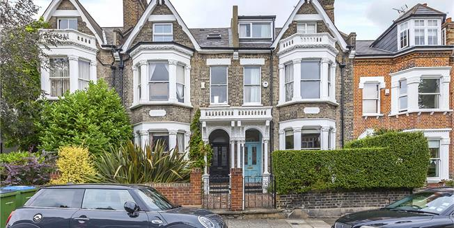 Guide Price £1,500,000, 5 Bedroom House For Sale in London, SE3