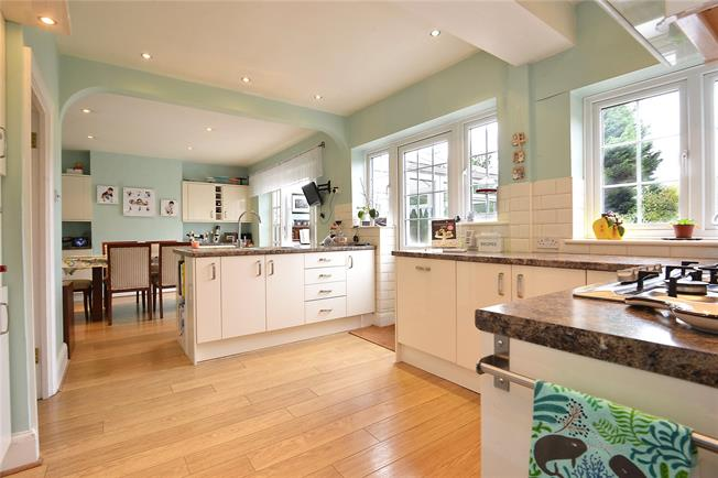 Offers in excess of £850,000, 5 Bedroom Semi Detached House For Sale in London, SE3