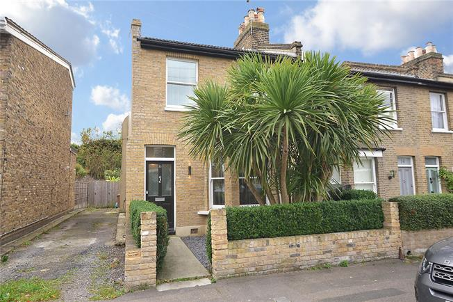 Asking Price £1,200,000, 3 Bedroom End of Terrace House For Sale in London, SE3