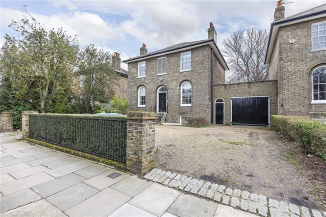 Asking Price £2,250,000, 5 Bedroom Detached House For Sale in London, SE3