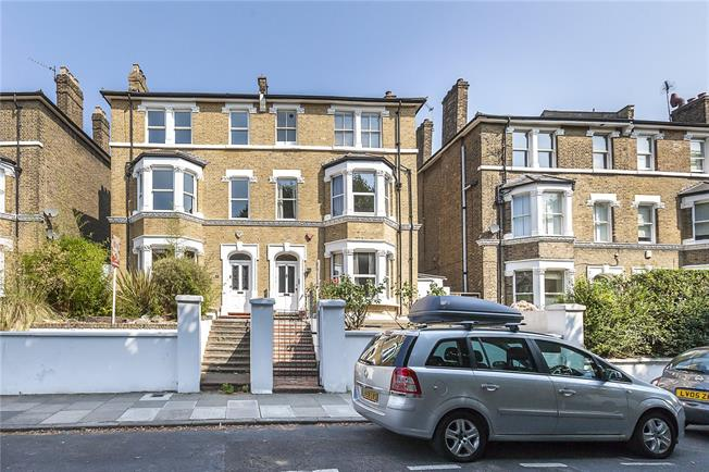 Asking Price £1,475,000, 5 Bedroom Semi Detached House For Sale in London, SE3