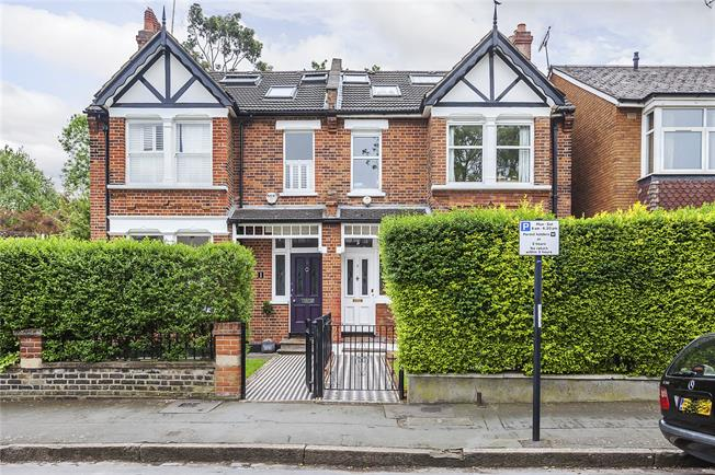 Asking Price £1,325,000, 5 Bedroom Semi Detached House For Sale in London, SE3