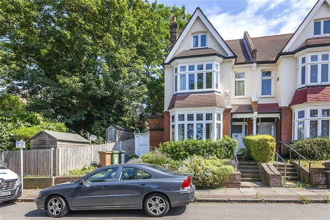 Asking Price £1,375,000, 5 Bedroom Semi Detached House For Sale in London, SE13
