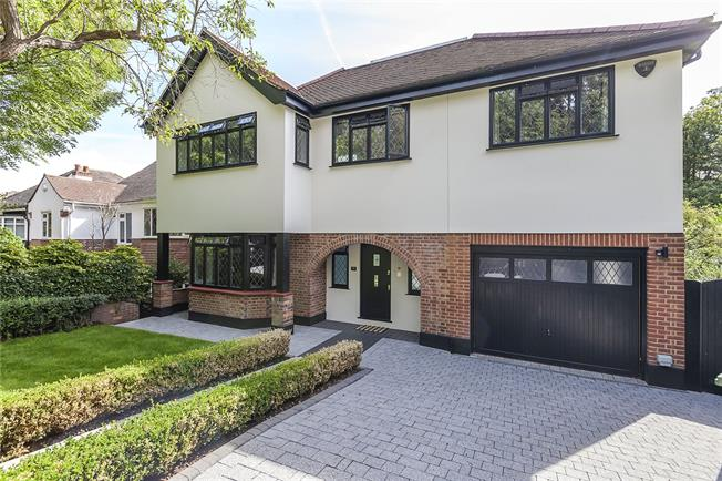 Guide Price £2,500,000, 5 Bedroom Detached House For Sale in London, SE3