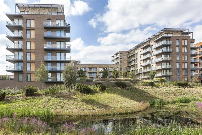Asking Price £650,000, 3 Bedroom Flat For Sale in London, SE3
