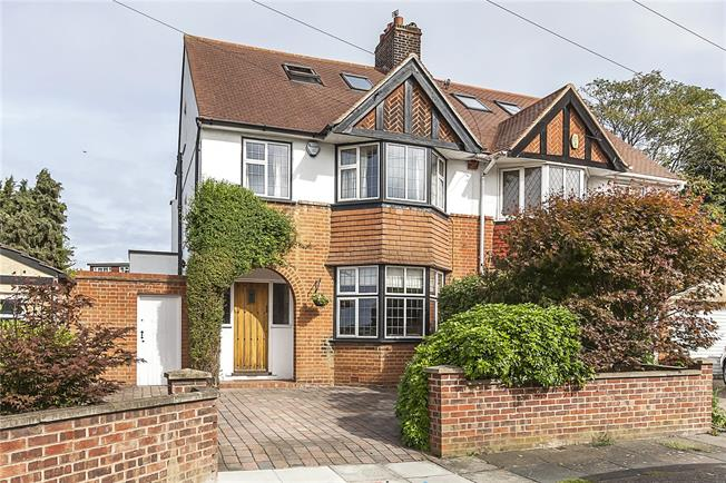 Asking Price £960,000, 4 Bedroom Semi Detached House For Sale in London, SE3