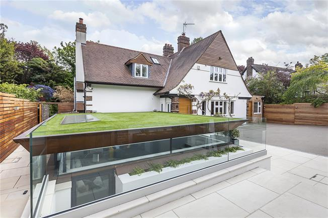 Asking Price £3,000,000, 5 Bedroom Detached House For Sale in London, SE3