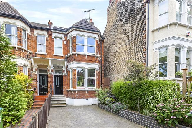 Asking Price £1,300,000, 5 Bedroom Semi Detached House For Sale in London, SE3
