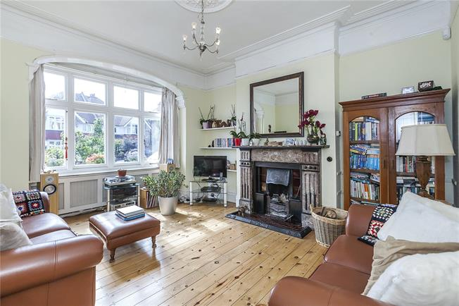 Asking Price £1,400,000, 3 Bedroom House For Sale in London, SE3