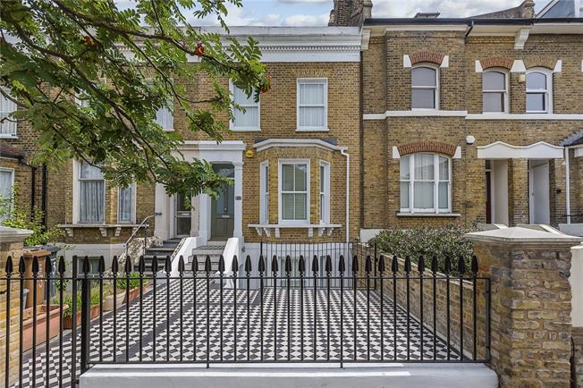 Offers in excess of £800,000, 4 Bedroom Terraced House For Sale in London, SE13