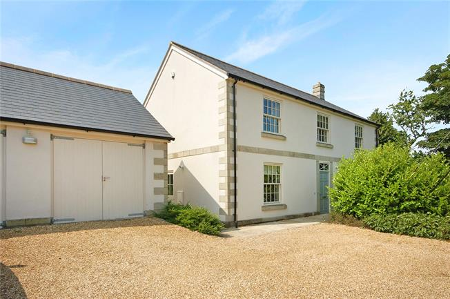 Guide Price £575,000, 5 Bedroom Detached House For Sale in Shaftesbury, SP7