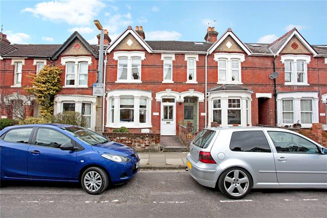 Guide Price £415,000, 3 Bedroom Terraced House For Sale in Wiltshire, SP1