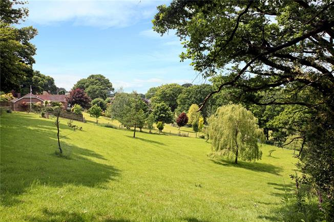 Guide Price £795,000, 4 Bedroom Detached House For Sale in Godshill, SP6
