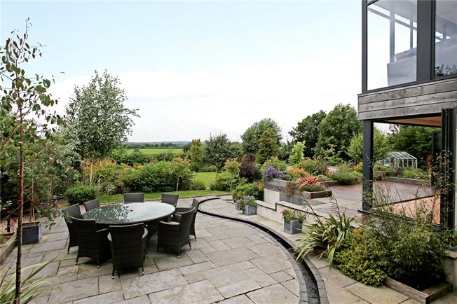 Guide Price £785,000, 5 Bedroom Detached House For Sale in East Stour, SP8