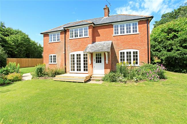 Guide Price £550,000, 4 Bedroom Detached House For Sale in Allington, SP4