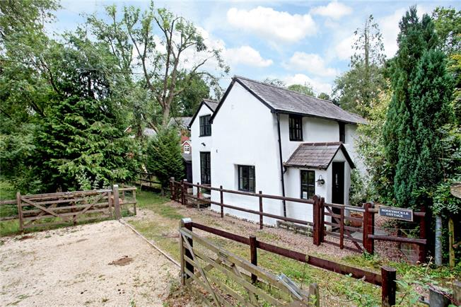Guide Price £535,000, 3 Bedroom Detached House For Sale in Hungerford, SP6