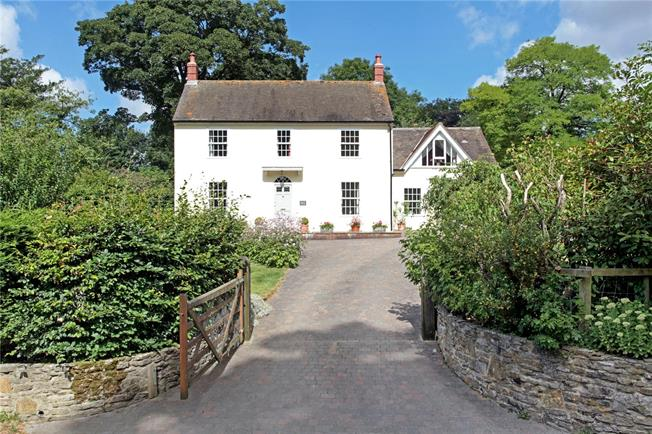 Guide Price £675,000, 4 Bedroom Detached House For Sale in Pentridge, SP5