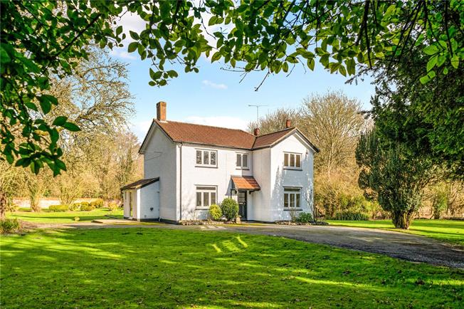 Offers in excess of £825,000, 4 Bedroom Detached House For Sale in Figheldean, SP4