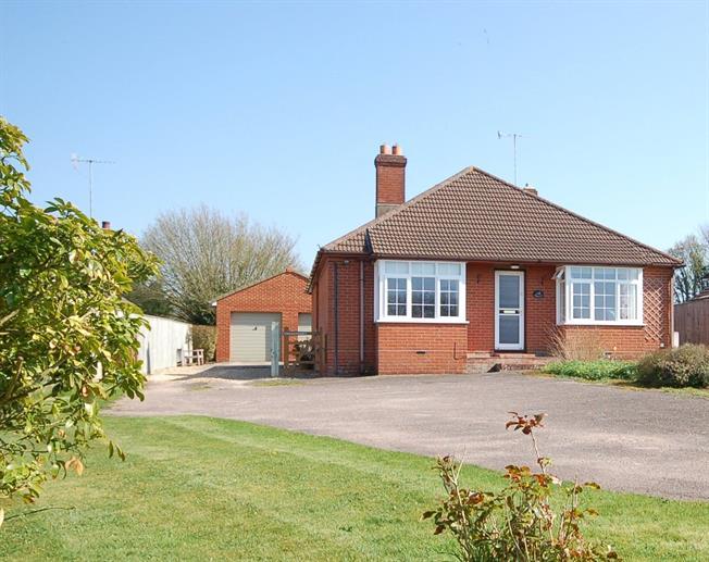 Offers in excess of £500,000, 4 Bedroom Bungalow For Sale in Salisbury, Wiltshire, SP4