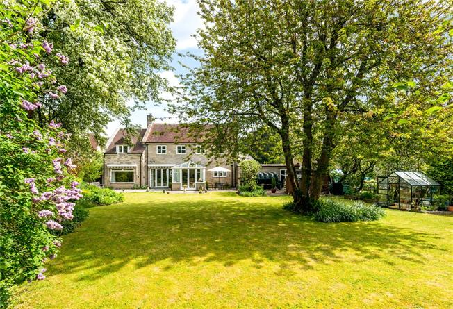 Guide Price £725,000, 4 Bedroom Detached House For Sale in Chilmark, SP3