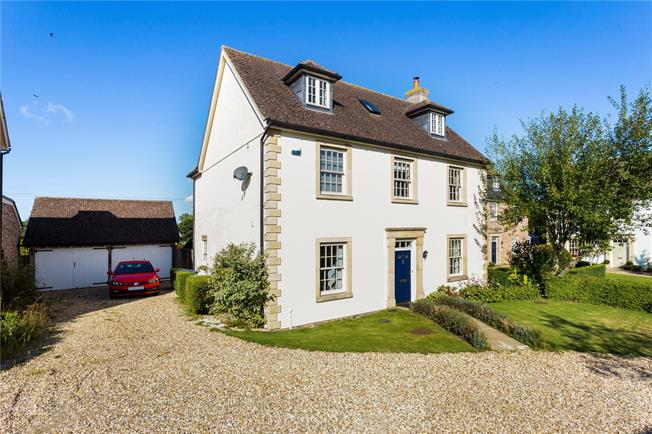 Guide Price £535,000, 5 Bedroom Detached House For Sale in Codford, BA12