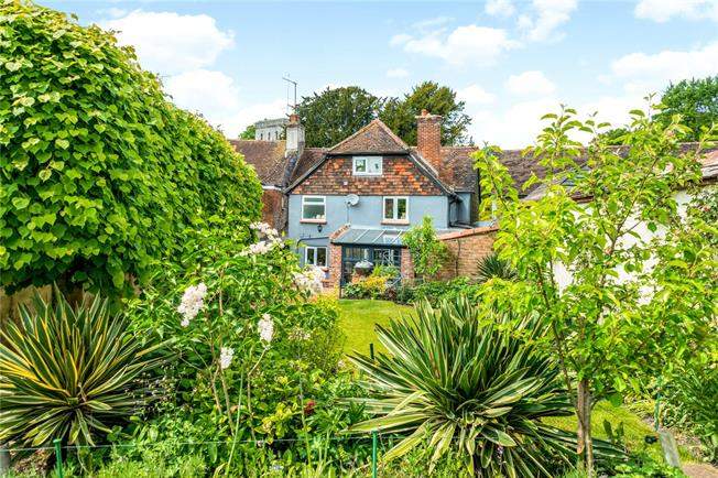 Guide Price £475,000, 4 Bedroom Terraced House For Sale in Salisbury, Wiltshire, SP4