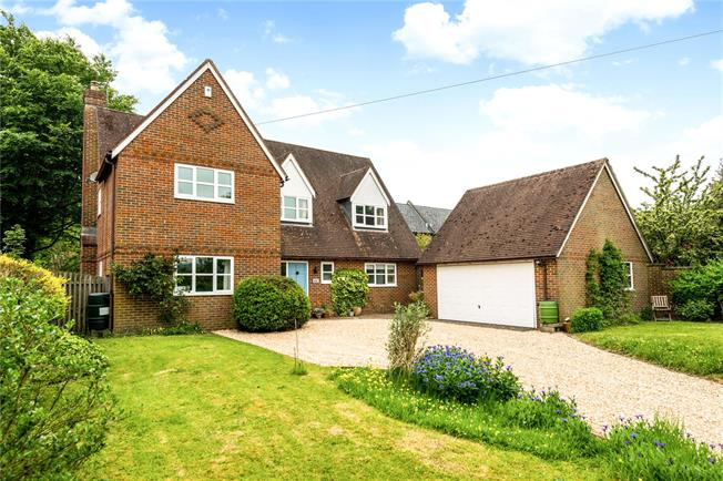 Guide Price £630,000, 4 Bedroom Detached House For Sale in Warminster, Wiltshire, BA12
