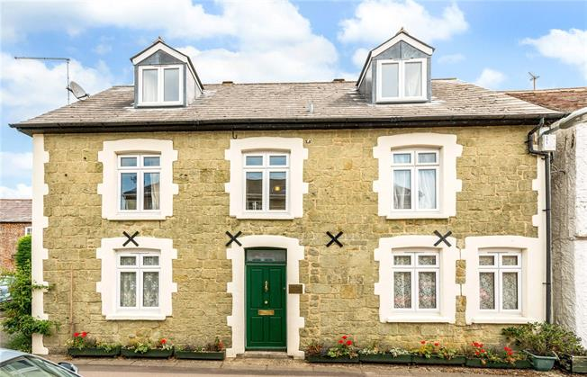 Guide Price £525,000, 4 Bedroom Detached House For Sale in Shaftesbury, SP7