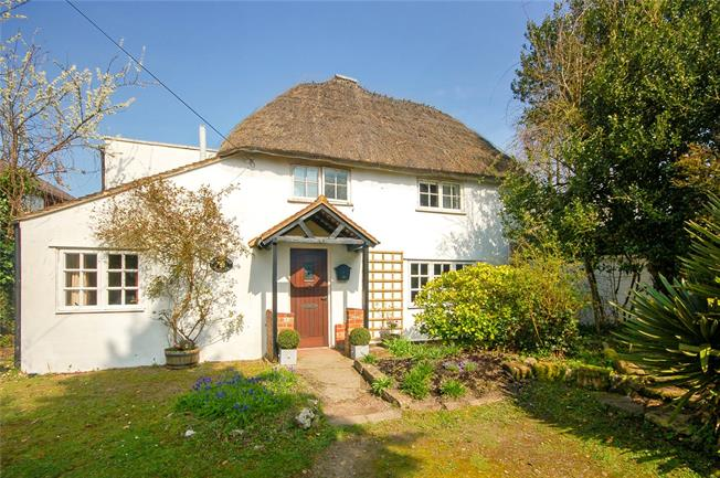 Guide Price £365,000, 3 Bedroom Detached House For Sale in Shrewton, SP3