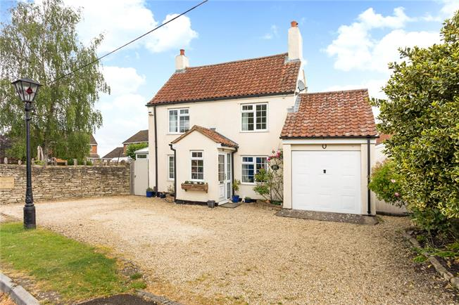 Guide Price £429,950, 4 Bedroom Detached House For Sale in Dilton Marsh, BA13
