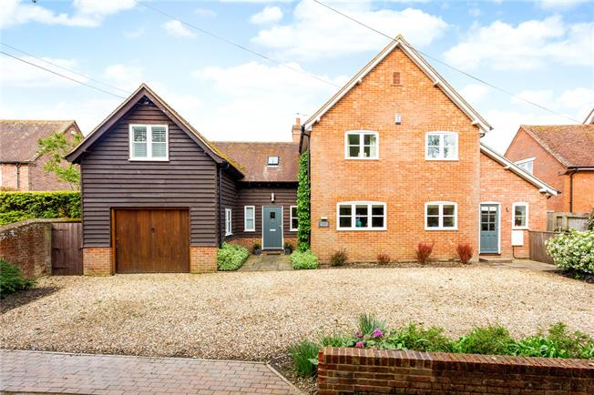 Guide Price £799,950, 4 Bedroom Detached House For Sale in Charlton All Saints, SP5