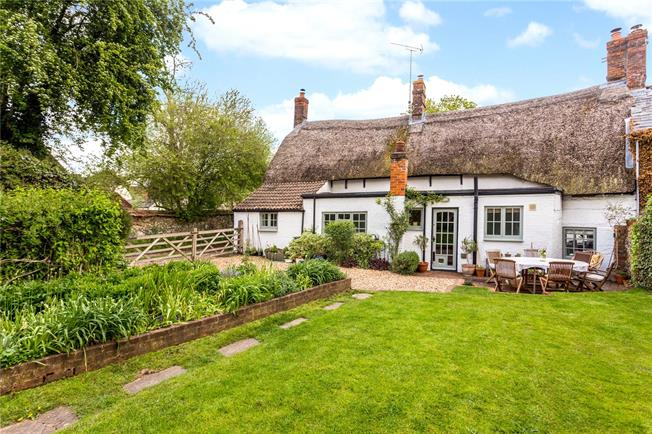Guide Price £450,000, 4 Bedroom Semi Detached House For Sale in Tilshead, SP3