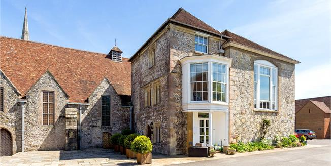 Offers in excess of £800,000, 5 Bedroom House For Sale in Salisbury, SP1