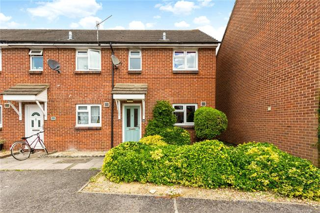 Guide Price £200,000, 2 Bedroom Semi Detached House For Sale in Wiltshire, SP2