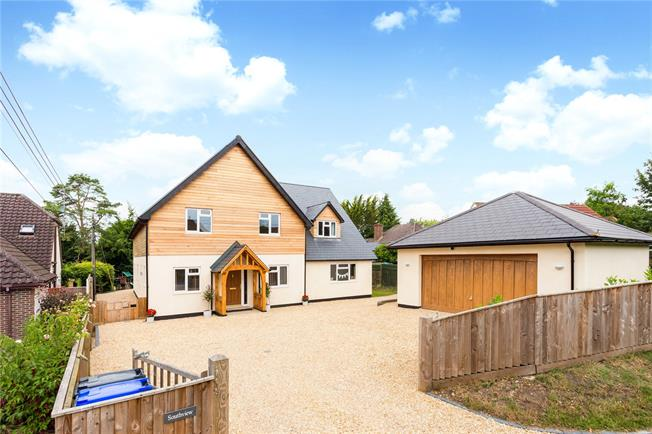 Guide Price £775,000, 5 Bedroom Detached House For Sale in Porton, SP4