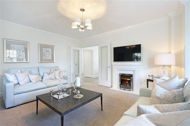 Asking Price £640,000, 2 Bedroom Flat For Sale in Hertfordshire, HP4