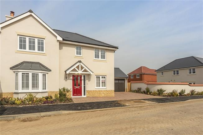 Asking Price £729,950, 4 Bedroom Detached House For Sale in Haddenham, HP17