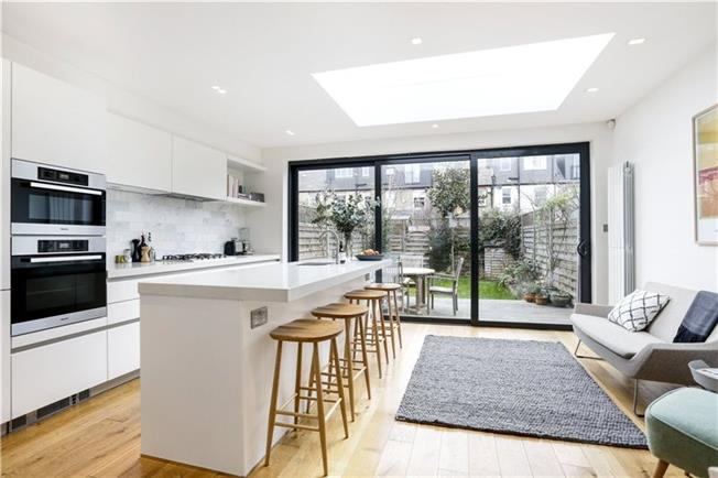 Asking Price £1,200,000, 4 Bedroom Terraced House For Sale in London, SW19