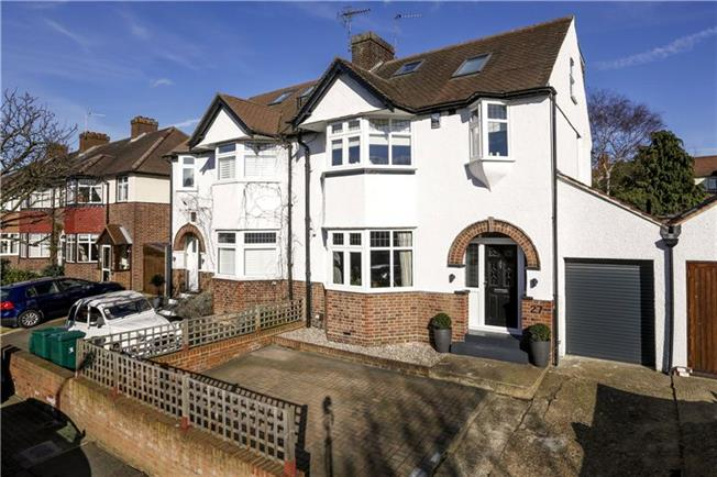 Guide Price £1,250,000, 4 Bedroom Semi Detached House For Sale in London, SW18