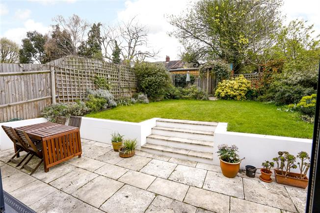 Guide Price £1,200,000, 4 Bedroom Semi Detached House For Sale in London, SW18