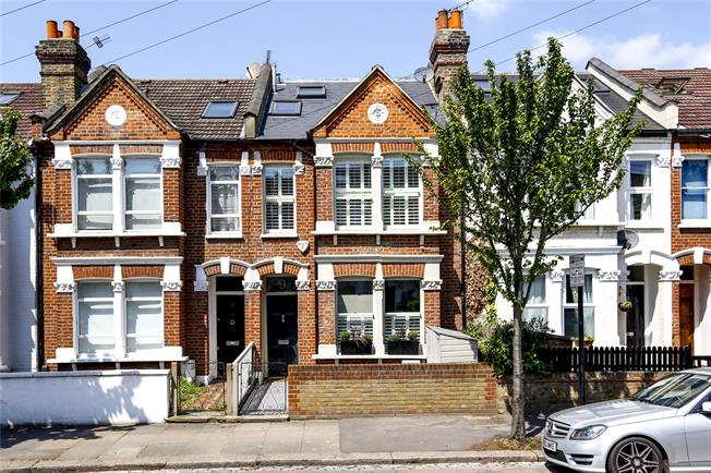 Asking Price £900,000, 4 Bedroom Terraced House For Sale in London, SW17