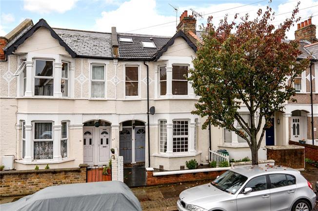 Asking Price £400,000, 1 Bedroom For Sale in London, SW18