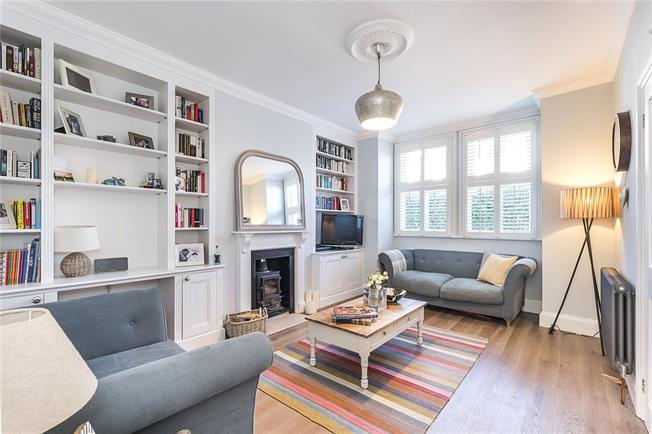 Asking Price £900,000, 4 Bedroom End of Terrace House For Sale in London, SW18