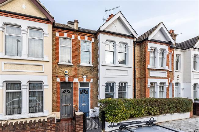 Asking Price £975,000, 4 Bedroom Terraced House For Sale in London, SW18